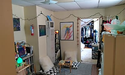 Living Room, 1224 Tennessee St, 2