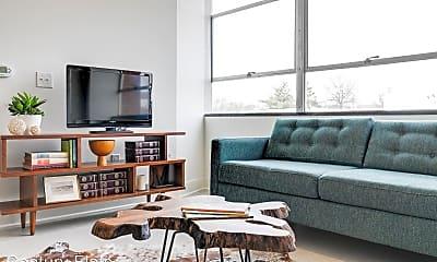 Living Room, 1004 N Thompson St, 1