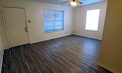 Living Room, 2105 W Olmos Dr, 1