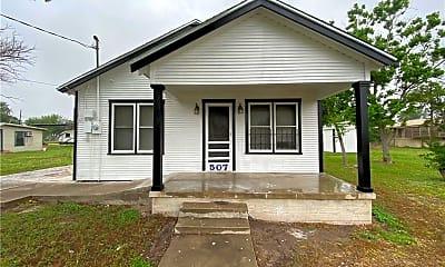 Building, 507 E Commons St, 2