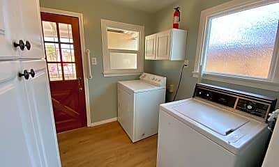 Kitchen, 1183 9th St, 2