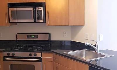 Kitchen, 1021 N Garfield St 744, 1