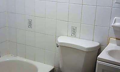 Bathroom, 158 Mott St, 2