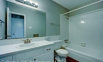 Bathroom, 5401 Jenny Lind Road, 1