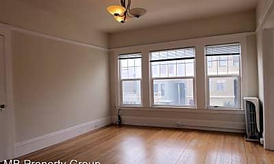 Living Room, 2190 Grove St, 1