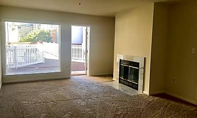 Living Room, 911 S Charles St, 0
