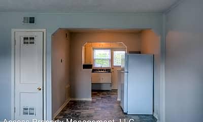 Living Room, 119 N 38th St, 1