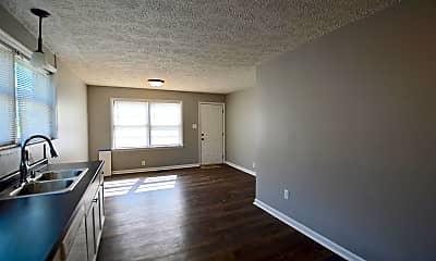 Living Room, 2435 Shelby St, 1
