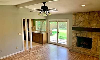 Living Room, 2608 Royal Oaks Dr, 1