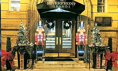 Christmas Entrance.JPG, The Riverfront Grande: 255 North Main St., 0