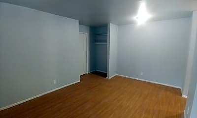 Living Room, 1321 W Locust St, 1