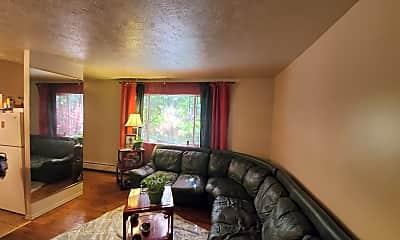 Living Room, 3035 Gilbert Ave., 0