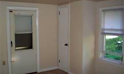 Bedroom, 2783 E High St, 2