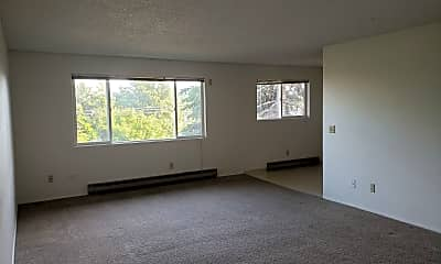 Living Room, 1218 S Main St, 1
