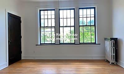Living Room, 2305 W Wilson Ave, 0