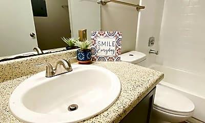 Bathroom, 7591 US-98, 1