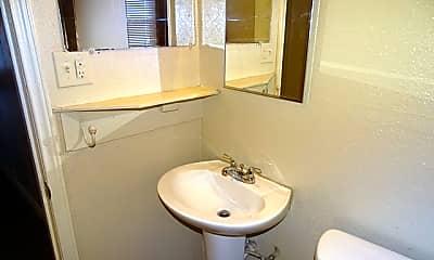 Bathroom, 1136 San Francisco, 2