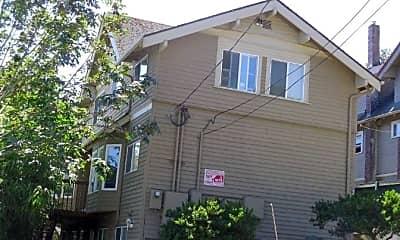 Building, 2111 NE 54th St, 1