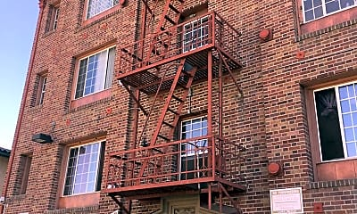 Building, 516 N Harvard Blvd, 0