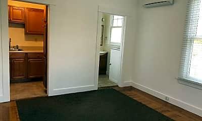 Building, 731 Humboldt St, 1