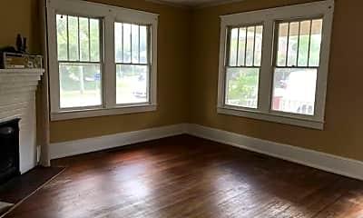 Living Room, 313 S Summit St, 0