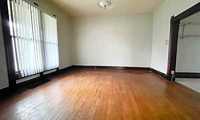 Living Room, 1607 W Jackson St, 1