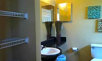 Bathroom, The Wilde Raleigh, 2