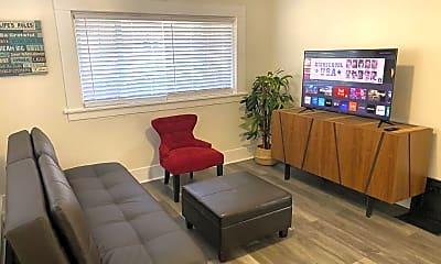 Living Room, 323 Rutland Ave, 1