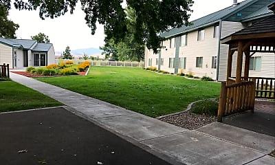 Cottage Park, 0