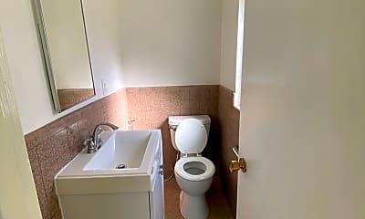 Bathroom, 261 Claremont Blvd, 2