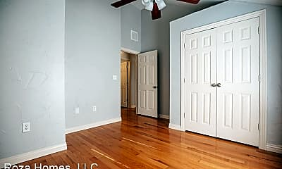 Bedroom, 725 S Holland Ave, 2