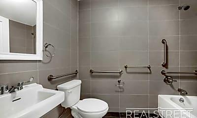 Bathroom, 308 Park Ave 2, 2