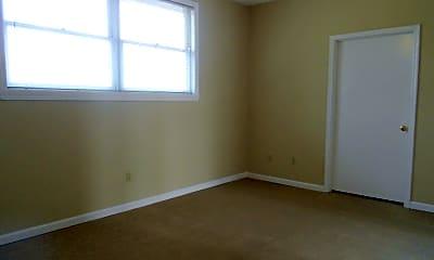 Bedroom, 1570 S Lumpkin St, 2