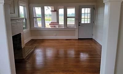 Living Room, 1590 Los Carneros Ave, 1