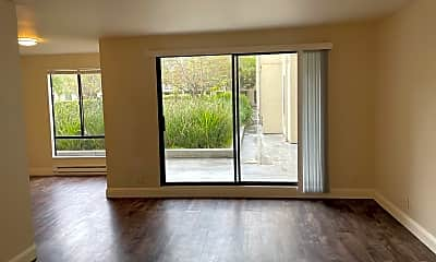 Living Room, 5 Commodore Dr, 0