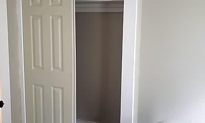 Bathroom, 34 Elm St, 1