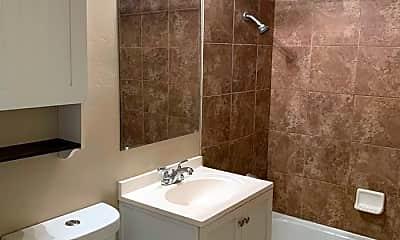 Bathroom, 1060 Nevada St, 2