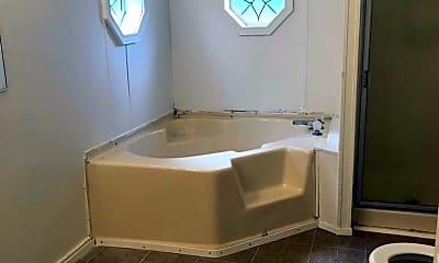 Bathroom, 108 Courtillians Rd, 2