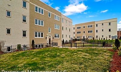 Building, 3325 13th St SE, 0