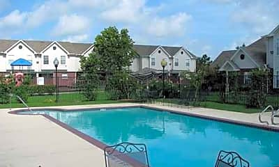 Sovereign Townhomes, 1