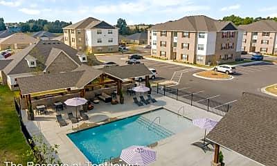 Pool, 617 Spallone Boulevard, 2