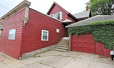 Building, 68 Walnut Ave., 2