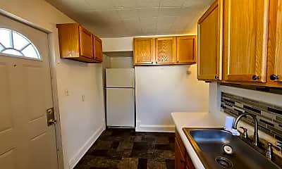 Kitchen, 302 S Prairie St, 0