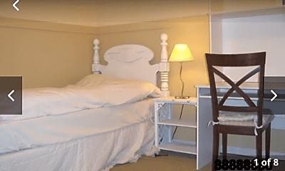 Bedroom, 23 Smokestone, 1