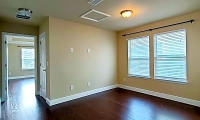 Living Room, 122 Sandpine Loop, 2