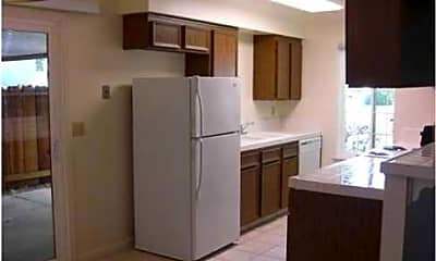 Shadowbrook Village Apartments, 2