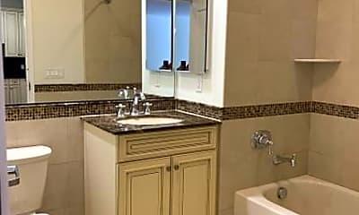 Bathroom, 289 River Rd, 1