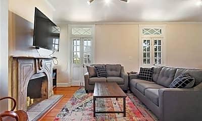Living Room, 5420 Mc Kenna St, 1