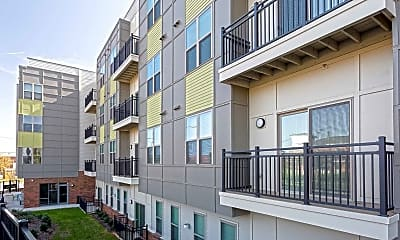 Building, 757 North Apartments, 2