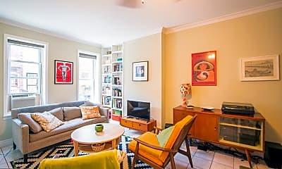 Living Room, 1015 Emily St, 1